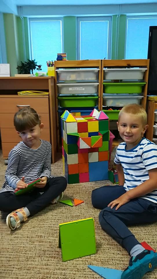Postavíme škôlku: Oliver a ELiška