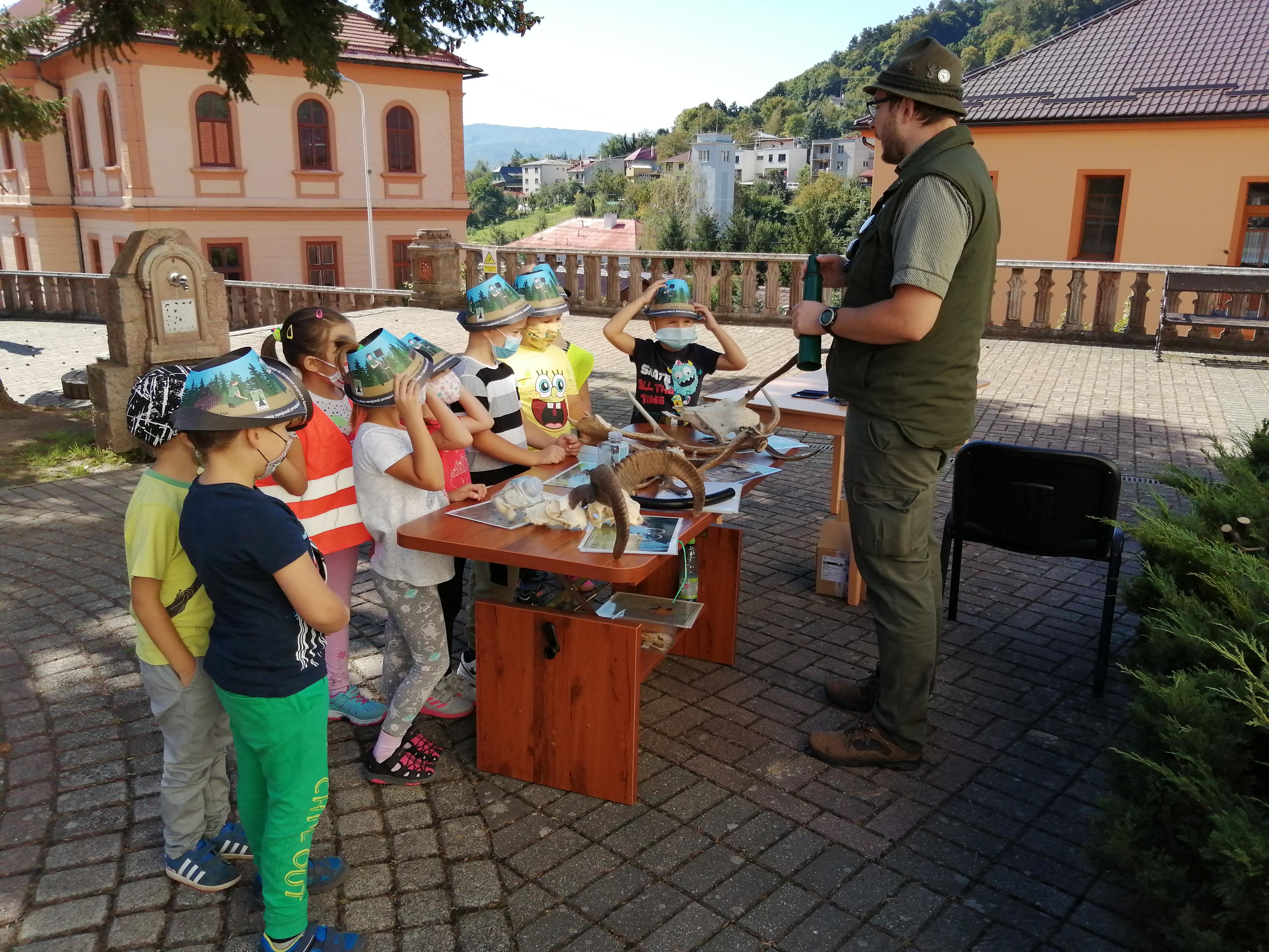 Lesy ľuďom,ľudia lesom: Radničný park Nová Baňa